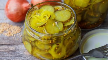 Pickle Juice for Muscle Cramps?