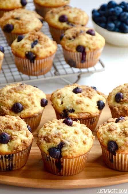 Blueberry-Coffee-Cake-Muffins