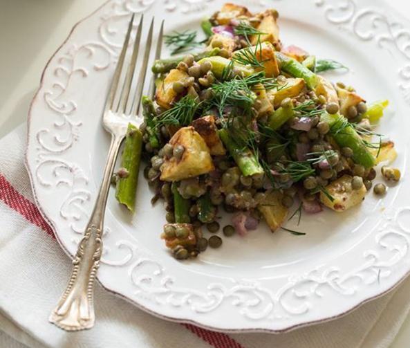 Oh-She-Glows_Roasted-Potato-and-Asparagus-Lentil-Salad
