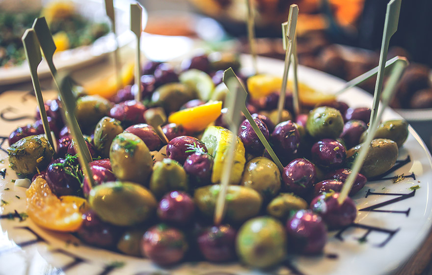 Buying the best olives