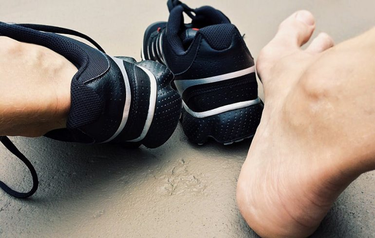 8 Naturopathic Remedies for Plantar Fasciitis - Lifetime Daily bcd53e66d86